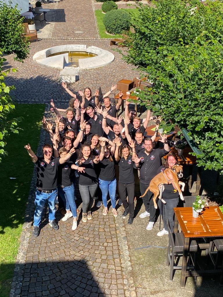 Teilnehmer und Trainer des WJD Trainers in Freiburg